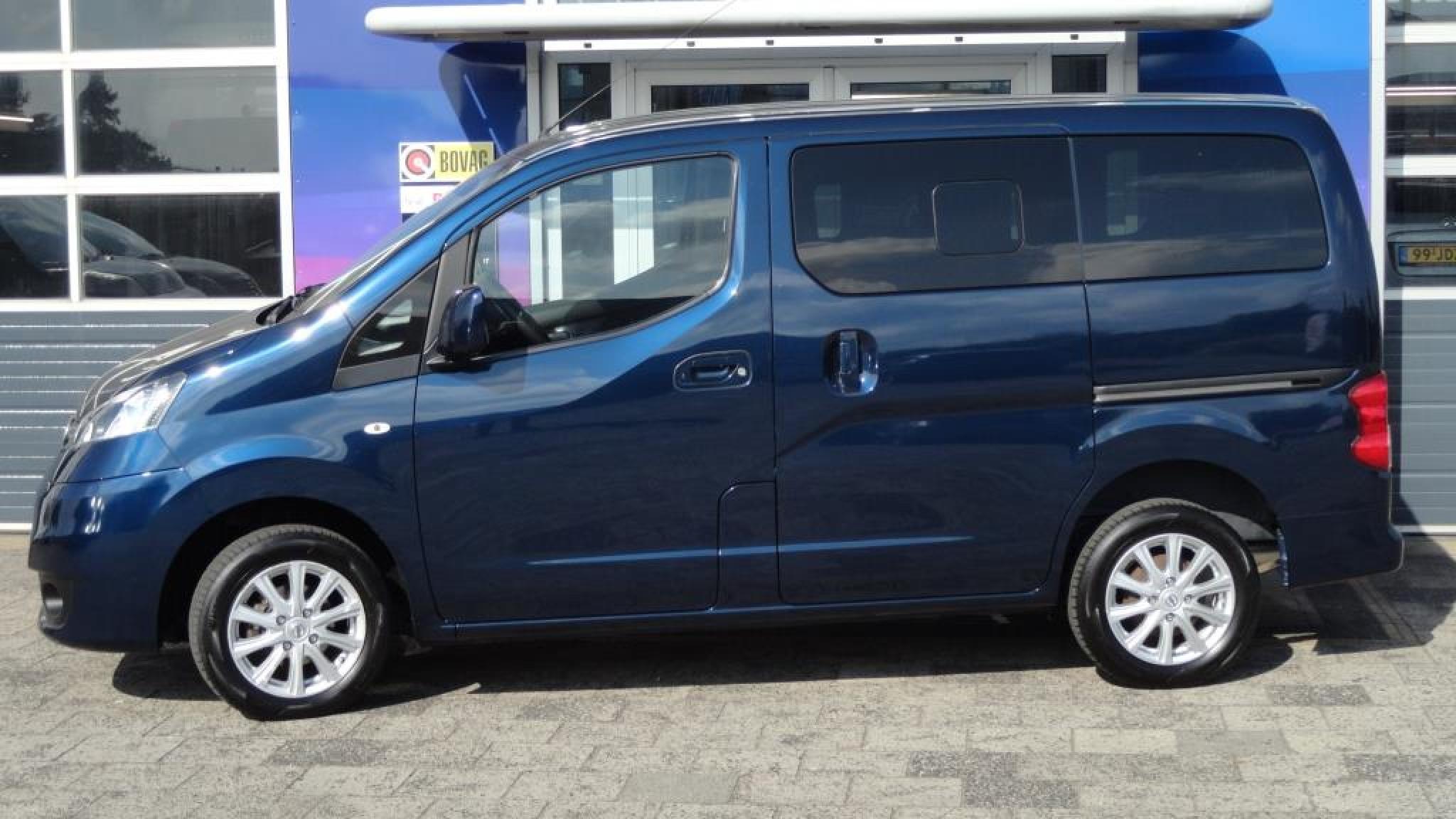 Nissan-NV 200 Evalia-1
