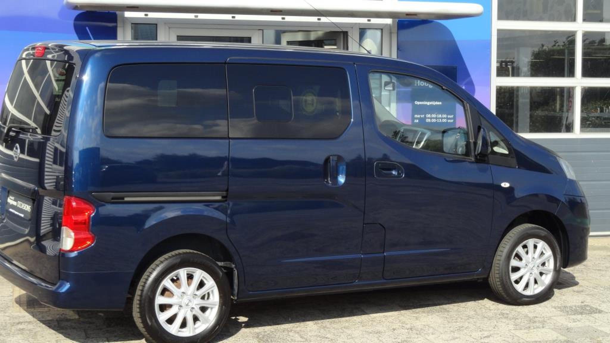 Nissan-NV 200 Evalia-3
